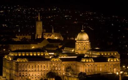 Von Buda nach Pest, vom Parlament zum Chinesenmarkt – Bekannte und weniger bekannte Facetten der ungarischen Metropole
