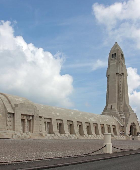 Vom Ort nationalen Triumphs zur Stätte europäischer Versöhnung? Verdun 100 Jahre nach der großen Schlacht (1916-2016)