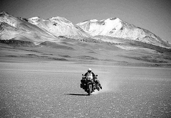 """Mit dem Motorrad durch """"Die Wüsten der Erde"""""""