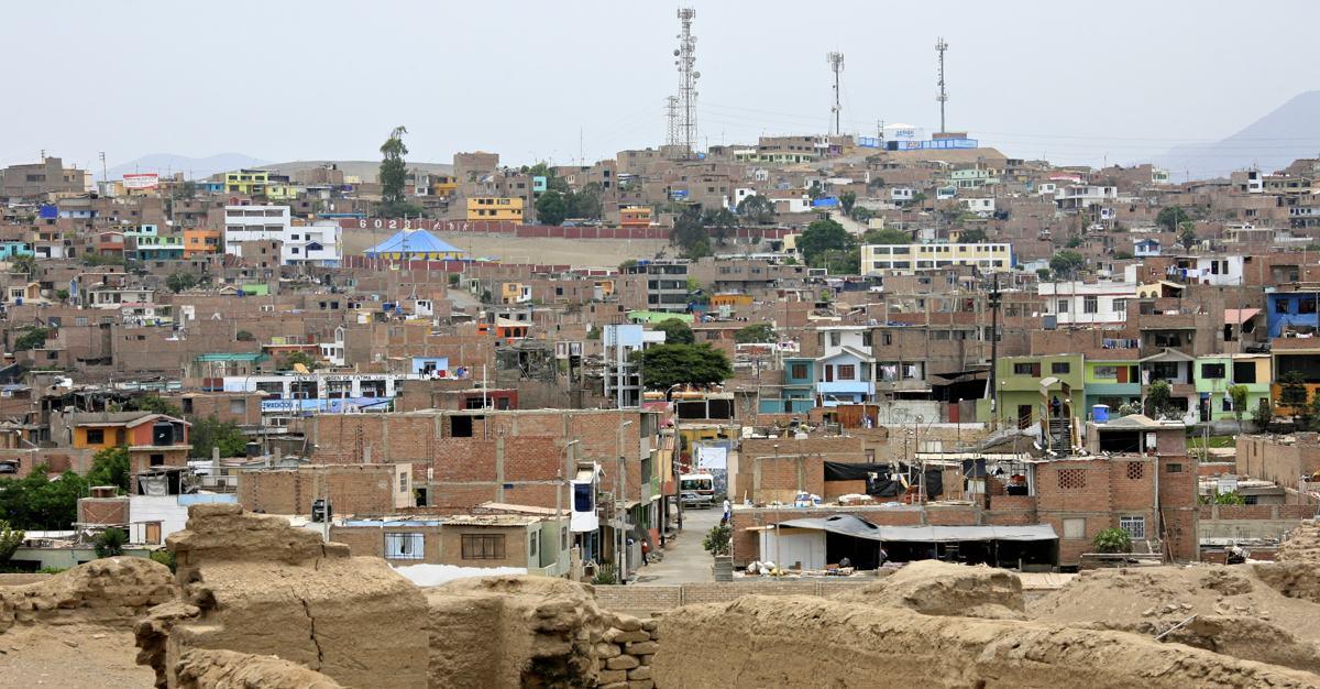 Von Slums lernen? Urbane Selbstorganisation im Globalen Süden