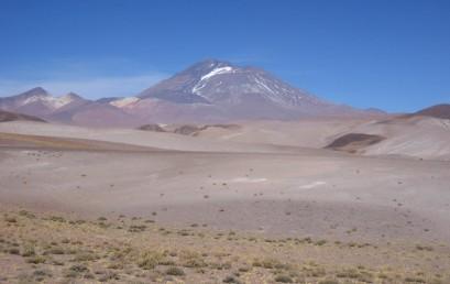 Die Anden: Landschaftliche und Kulturelle Vielfalt über 7.000 km