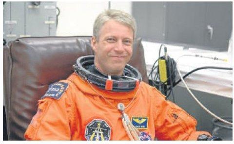 Besucher aus dem All: Astronaut Reiter zu Gast bei GeoComPass