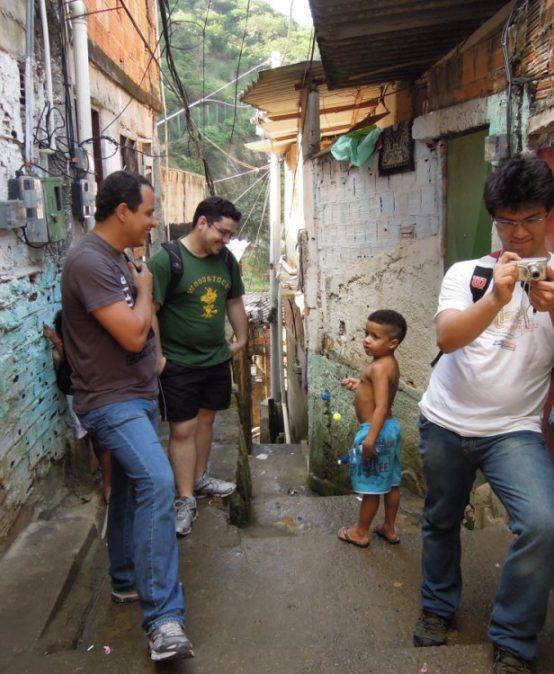"""""""A Social Bungee-Jump?"""" – Der Slum als städtetouristische Destination"""