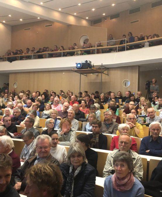 Klimaextrema sprengen GeoComPass-Hörsaal